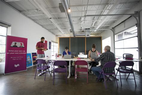 Lyft Corporate Office by As Uber And Lyft Race Back To Riders And Drivers