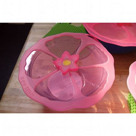 Charles Viancin Hibiscus Flower Silicone Lid: BedBathHome.Com