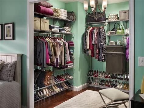 make your closet look like a chic boutique mint walls