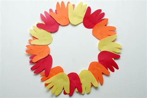 Thanksgiving Construction Paper Crafts - 4 easy thanksgiving crafts for