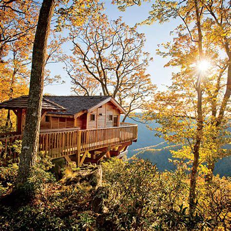 tree houses in virginia treehouse fall weekend getaway southern living