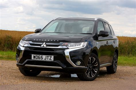 mitsubishi outlander 7 seater the best seven seater family cars 2017 parkers