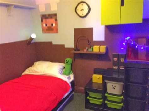 Minecraft Theme Bedroom by Minecraft Themed Bedroom Wallpaper Images