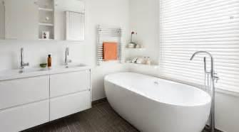 White Modern Bathroom Interior Inspiration Beautiful White Bathrooms Amberth Interior Design And Lifestyle