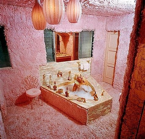 amazing jayne mansfield bath picture