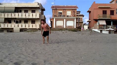 allenamenti portiere allenamento portiere sulla sabbia