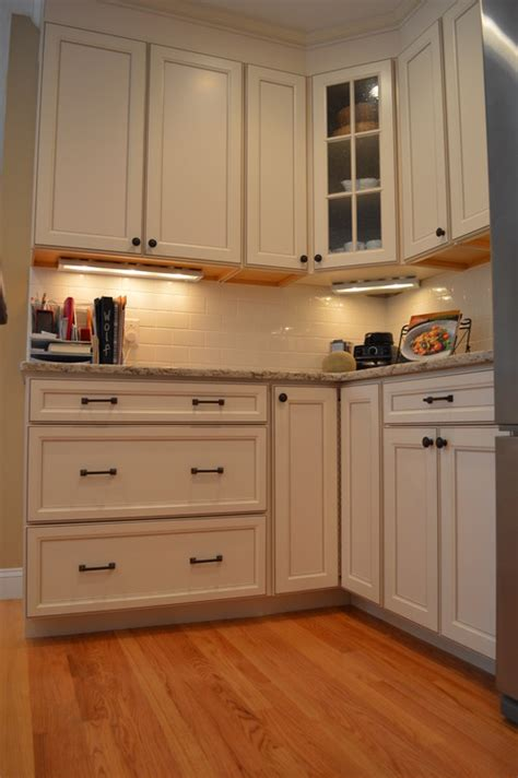 Toasted Antique Kitchen Cabinets by Do You The Number Of The Cabinet For Aristokraft And