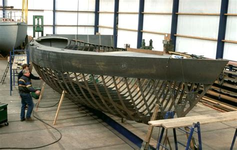 boat construction choosing a blue water yacht hull construction grabau