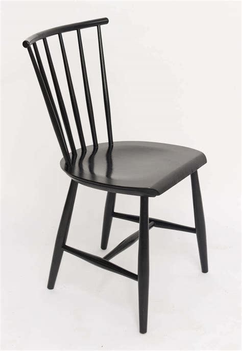 spindle back armchair four 1950s swedish windsor style spindle back dining chairs at 1stdibs