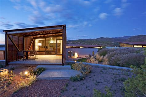 modern desert home design lake flato architects desert house in santa fe