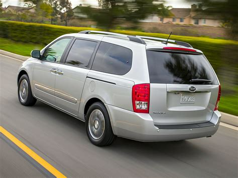 The New Kia Sedona 2014 Kia Sedona Price Photos Reviews Features