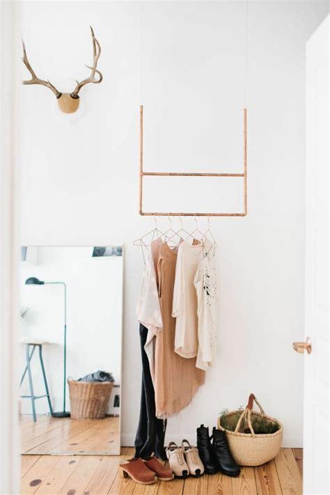 schrank im schlafzimmer das schlafzimmer gestalten und mehr stauraum schaffen