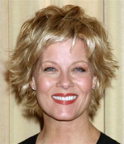 shorty flippy hairstyles for 2014 with bangs pictures of short flippy haircuts