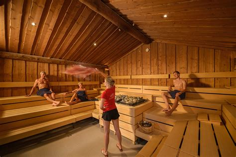 sauna in sauna im thermarium wellness gesundheitspark bad sch 246 nborn