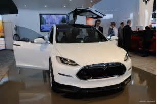 Electric Car Show Tesla Model X Electric Crossover New Interior Detroit