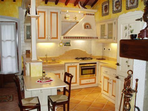 cucine con finestra sul lavello country isola cucina decorazione