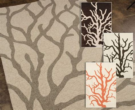 rugs inspired from parts of trees for the
