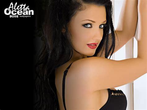 aletta ocean as bikini celebrity foto artis cantik aletta ocean
