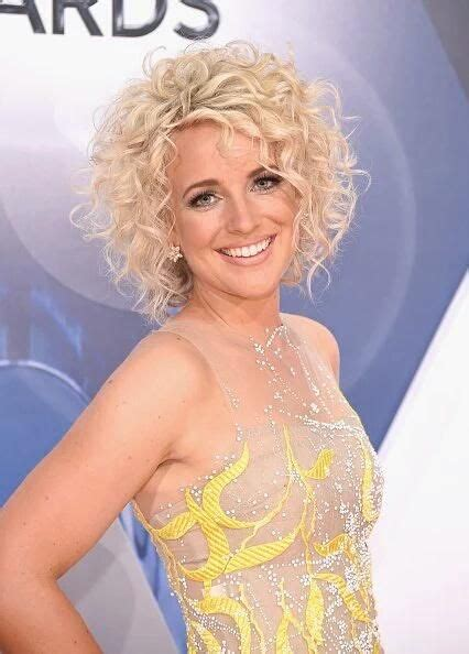 country singer with short hair 1175 best hair make up etc images on pinterest curly