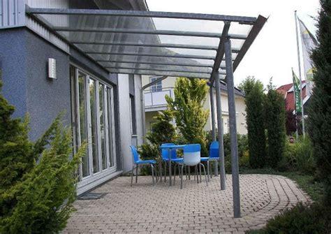 terrassendach plexiglas stegplatten aus acryl oder polycarbonat welche unterschiede