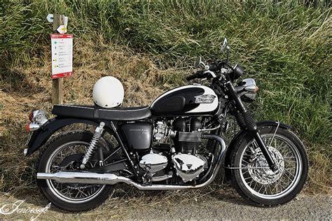 Motorrad Triumph Alt by Eine Sch 246 Ne Alte Triumph Foto Bild Autos Zweir 228 Der