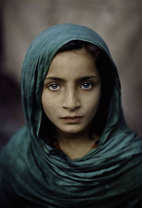 steve mccurry afghanistan fo this is how tragedy looks like pakistan afghanistan beautiful children steve