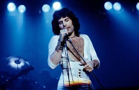 freddie mercury freddie mercury 1970 photos the and times of