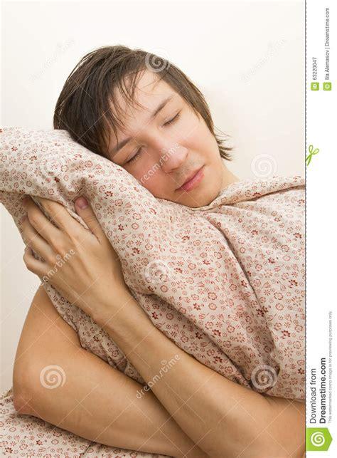 cuscino abbraccio cuscino dell abbraccio giovane di sonno grande