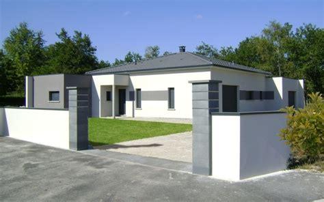 Toit Maison Moderne by Maison Moderne Tuiles Grises Et Toit Plat Maisons Bati Sud