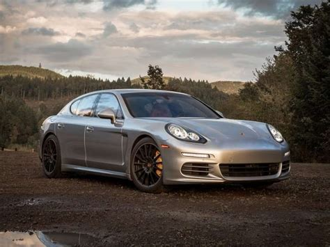 porsche cars 4 door 10 things you need to know about the 2015 porsche panamera