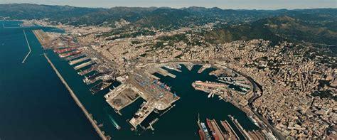 porto di genova traghetti parcheggi traghetto genova parcheggio genova