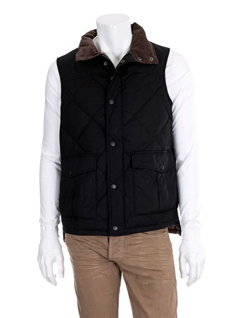 black quilted vest barbour quilted waxed gilet vest in black for men lyst