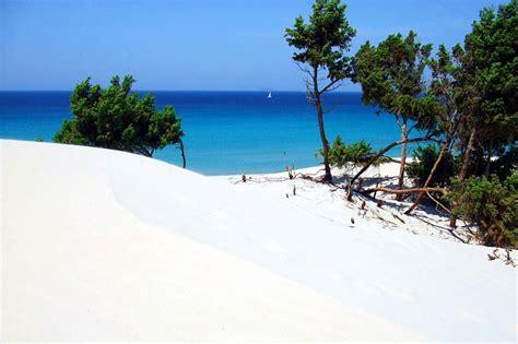 le dune porto pino il kitesurf tra le dune bianche di porto pino david ingiosi