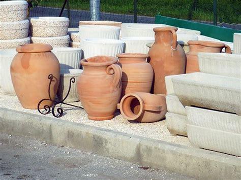 vasi terracotta da giardino arredo giardino emporio della natura