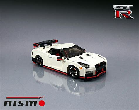 Why Nissan Gtr Is So Fast Lego On The Fast Track With A Nissan Gt R Nismo The