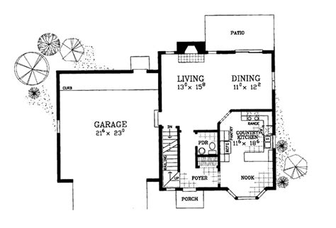 corner house plans colonial style house plan 3 beds 2 5 baths 1497 sq ft