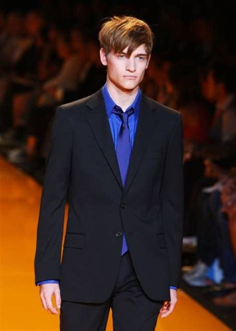 what color shirt with black suit the 25 best navy blue suit combinations ideas on