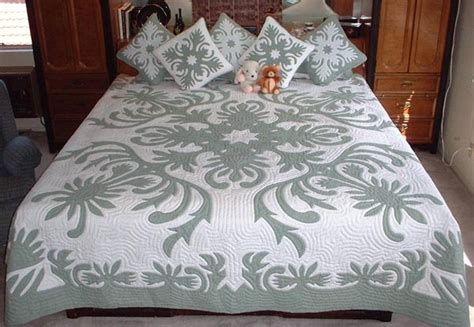 Hawaiian Quilt Bedding by Quilt Inspiration Hawaiian Quilts Hawaiian Quilts