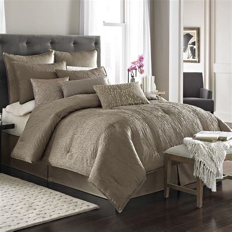 who is the comforter nicole miller park avenue comforter set from beddingstyle com
