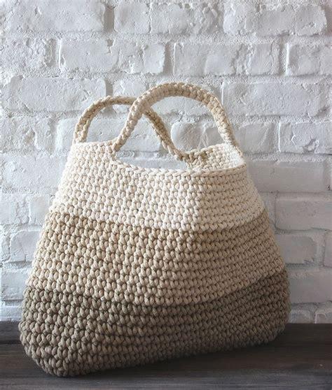 crochet duffle bag pattern free 25 best ideas about crochet bags on pinterest crochet