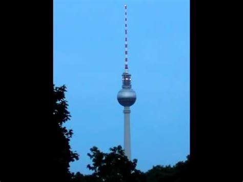 this magic moment warning berlin tv tower switches warning lights from white ro