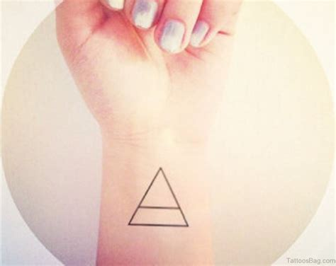 triangle tattoo 68 mind blowing triangle tattoos on wrist