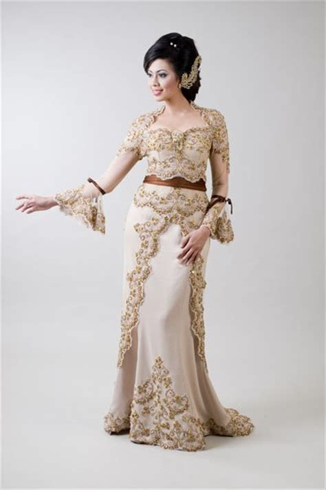 sweet kebaya 3 on pinterest butik angel collection indonesian traditional dresses