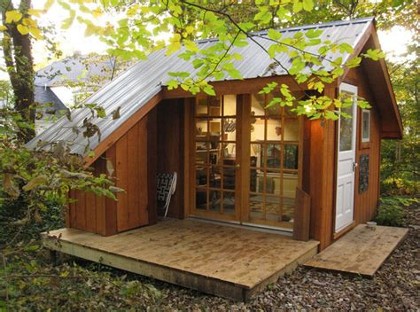 backyard sanctuary tiny house a backyard sanctuary in missouri modern house designs