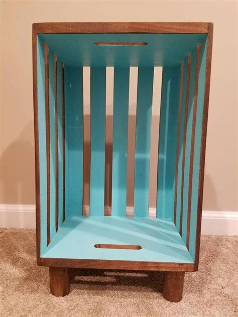 Wooden Crate Nightstand 17 Best Ideas About Crate Nightstand On Pinterest Crate Table Diy Nightstand And Nightstand Ideas