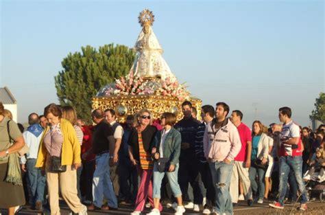 cadena ser vegas altas en directo fiesta de la vel 225 entorno a la virgen de las cruces la