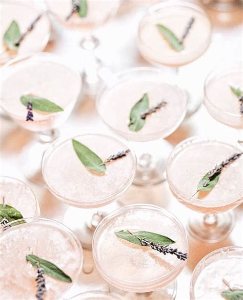 lavender cocktail best 25 lavender cocktail ideas on lavendar