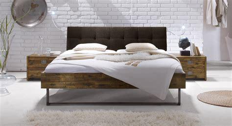 vintage bett aus akazienholz z b in braun hamina - Bett Vintage