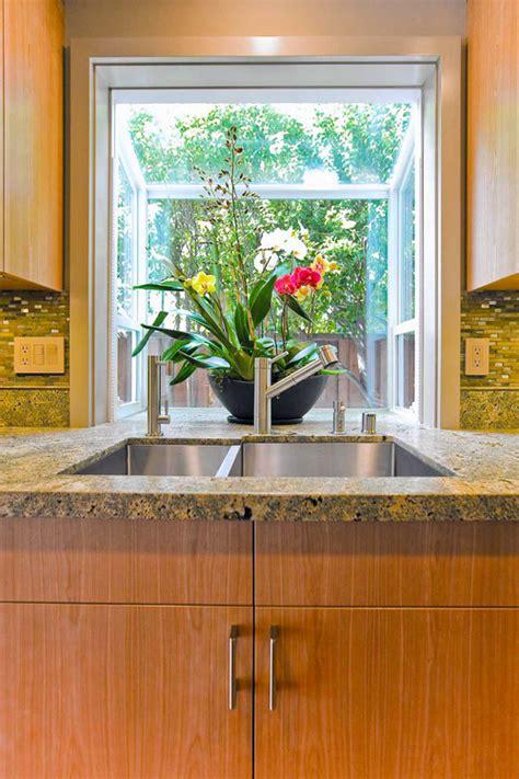 4 Piece Kitchen Faucet Flush Countertop With Garden Window