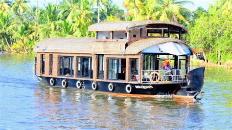 houseboats under 10000 1 bedroom premium boathouse with upper deck alleppey